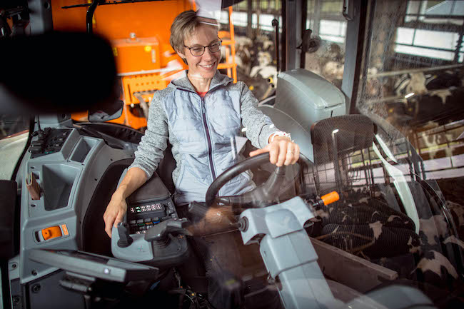Tailor your tractor easily with an option package